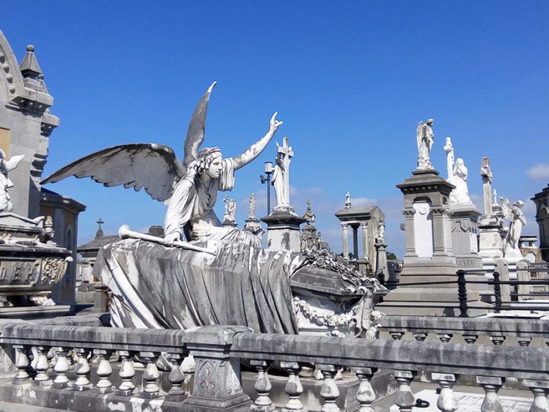 Visita guiada al cementerio de la carriona