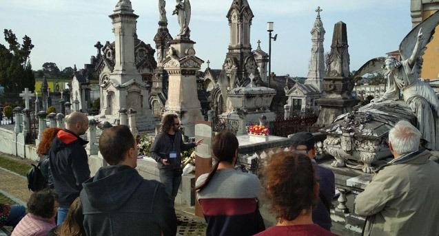 Visita guiada cementerio de la carriona